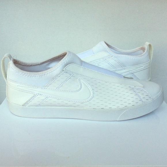 Womens Nike Slip On Laceless Sneakers
